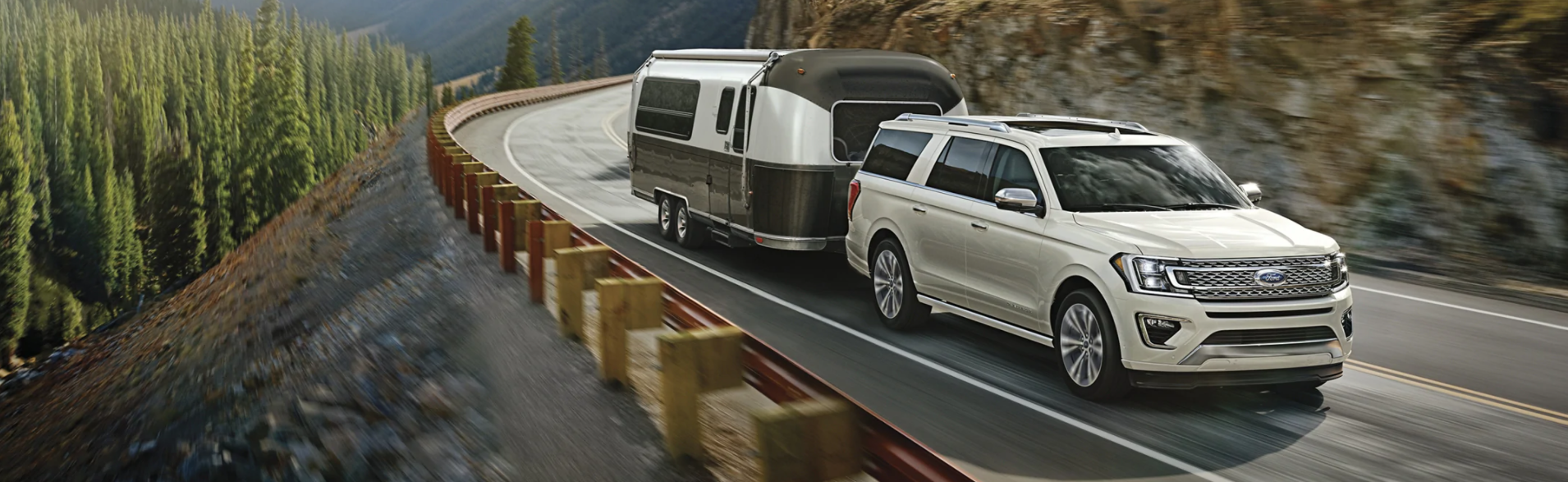 Ford Expedition Makes KBB's List Of Best Family Cars | Packey Webb Ford | Downers Grove, IL